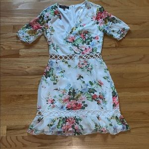 Parisian floral cut out dress !!